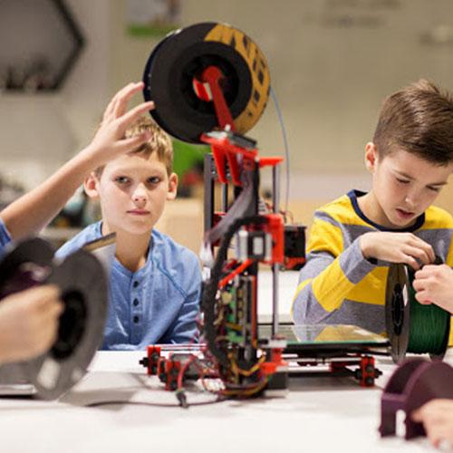 آموزش-رباتیک-در-مدارس