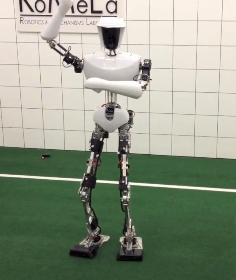ربات Charli