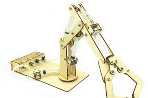 استفاده-از-چوب-برای-ساخت-ربات